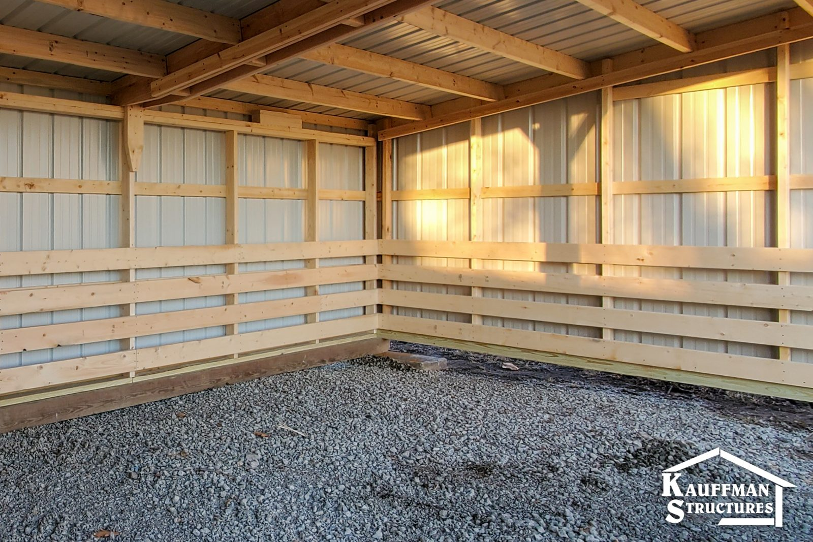 how much does a loafing shed cost