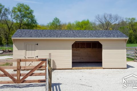 loafing shed in bethany, mo