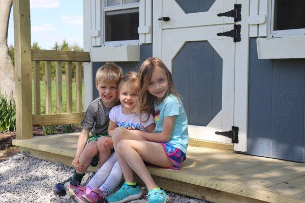 kids playhouses are great for siblings